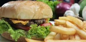 gastropub-antiche-terme-di-diana-cucina-hamburger